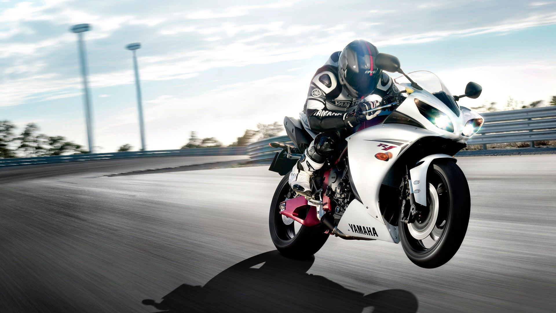 Yamaha motorcycle wallpapers and high resolution pictures